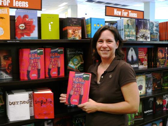 Deborah_HONK_bookstore