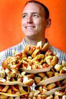 joey-chestnutt-portrait.jpg