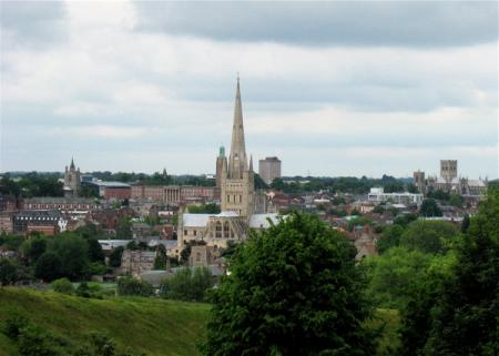 lowestoft_norwich-cityscape_may-09.jpg