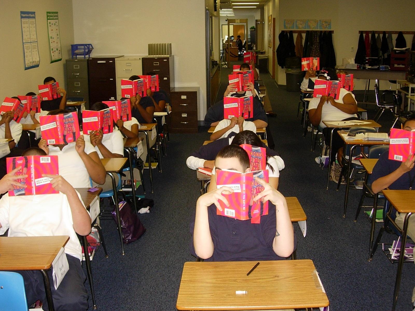 Class reads HONK_Miller