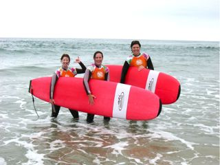 Surf divas July 2010